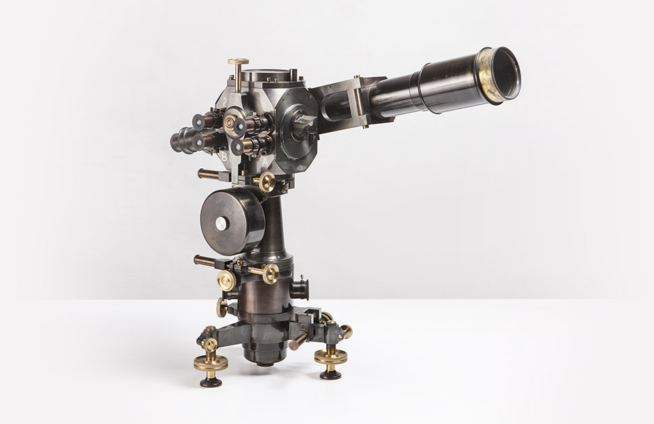 Bruno Gritti - No. 70 Cleps large model with eccentric telescope